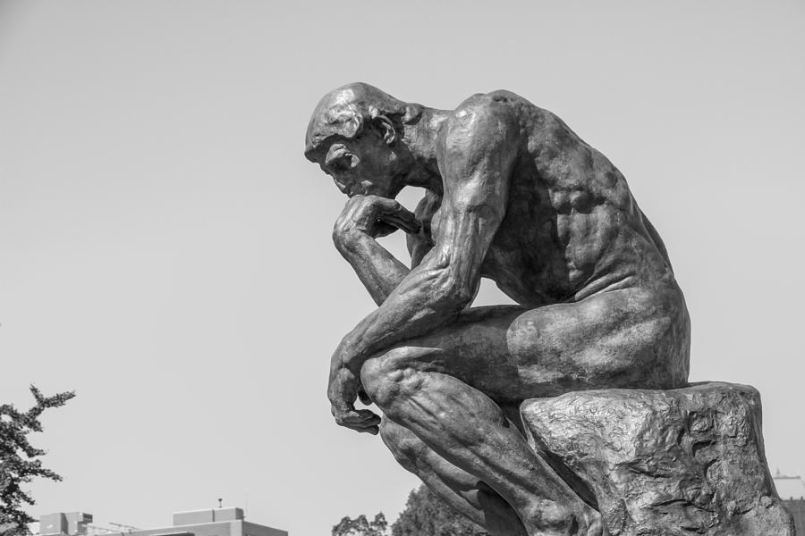 bakırköydkei düşünen adam heykeli